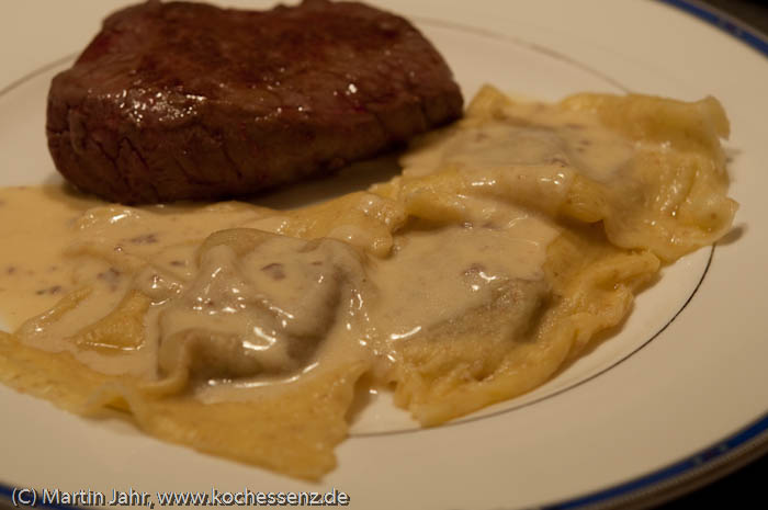 Steak mit Ravioli